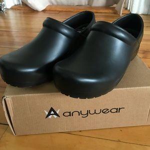 anywear Shoes - Anywear Black Clogs / women's 9